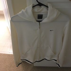 Nike dri-fit hoodie